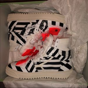 Off white court sneakers 3.0